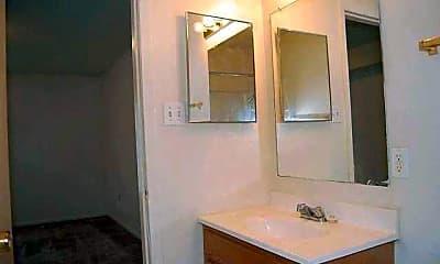 Bathroom, Cardinal Oaks, 2