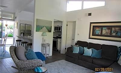 Living Room, 33926 La Serena Dr 7, 1
