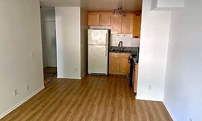 Kitchen, 6024 Monterey Rd, 1