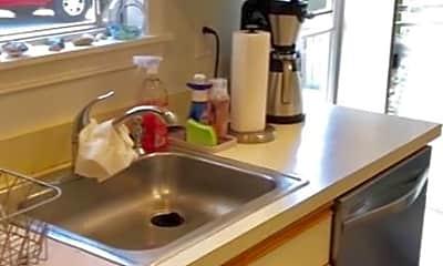 Kitchen, 221 Corey Ln, 2