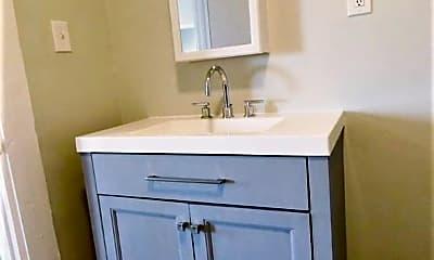 Bathroom, 1165 E 10th St, 2
