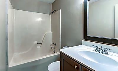 Bathroom, Hillwood Village, 2
