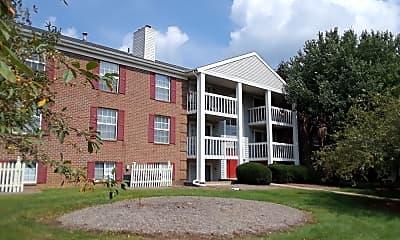 Williamsburg Suites & Garden Apartments, 2
