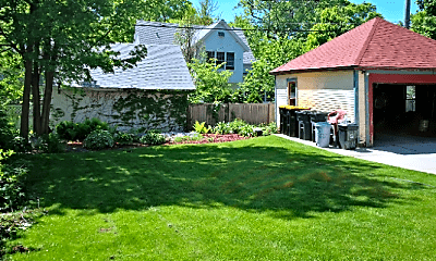 Building, 1711 N 69th St, 2