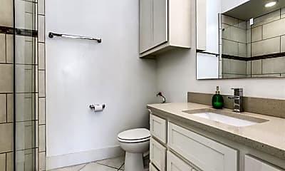 Bathroom, 3108 Pavonia Dr, 2