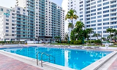 Pool, 5005 Collins Ave 804, 2