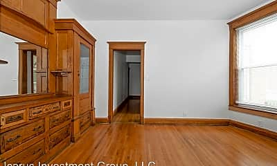 Bedroom, 5116 S Indiana Ave, 2