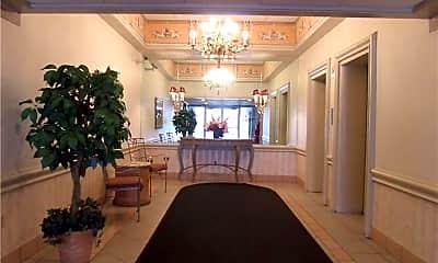 Living Room, 2160 Greentree Rd 708W, 1