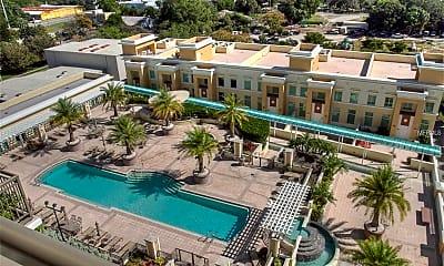 Pool, 800 N Tamiami Trail 1010, 2