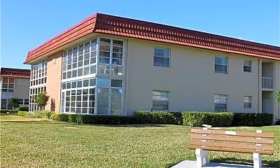Building, 43 Woodland Dr 207, 0