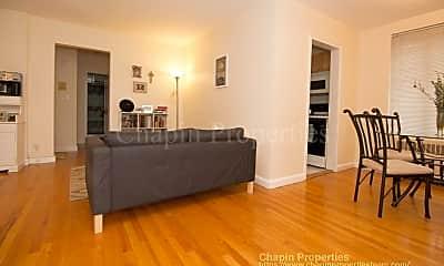 Living Room, 42 Dean Rd, 2