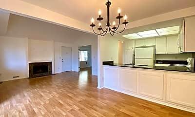 Living Room, 36 Crestfield Ct, 0