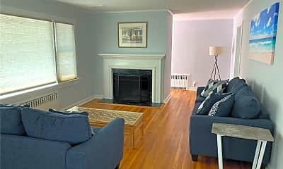 Living Room, 3825 S Harbor Rd, 0