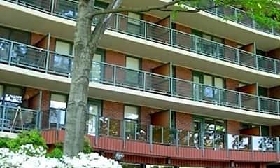 Building, Morgan Manor Apartments, 0