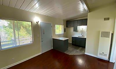 Living Room, 753 Worcester Ave, 0