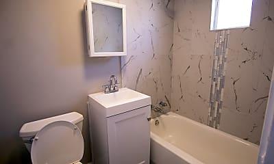 Bathroom, 2951 S Quinn St GR, 2