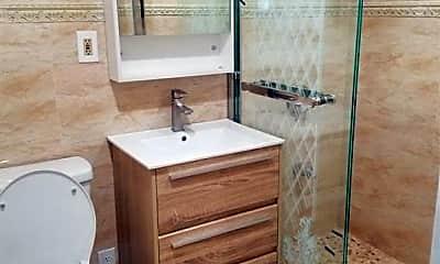Bathroom, 2800 Sexton Pl 1, 2