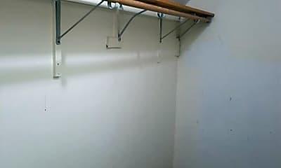 Building, 230 W Clarendon St, 2