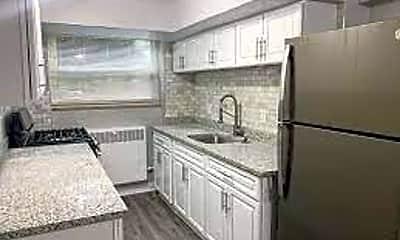Kitchen, 6402 Montgomery Rd, 1
