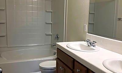 Bathroom, 531 Tolman Way, 2