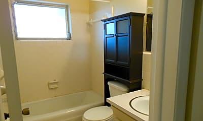 Bathroom, 10629 101st St N, 2