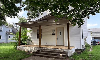 Building, 1037 Sherman Ave, 0