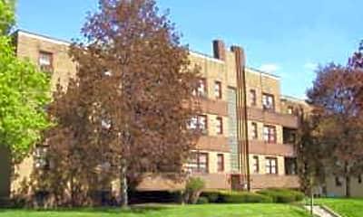 College Manor, 0