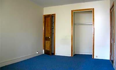 Kenwood Apartments, 1