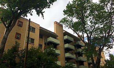 La Fonda Apartments, 0