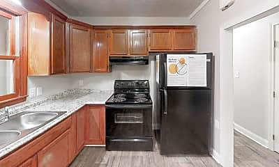 Kitchen, Room for Rent - Forest Park Home 6 minutes to bus, 1