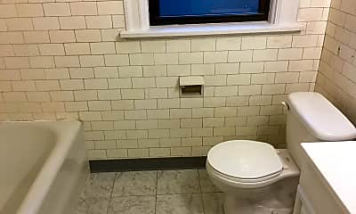Bathroom, 125 N Homewood Ave, 2