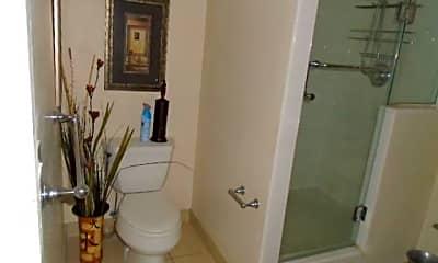 Bathroom, 430 Kaiolu St 606, 2