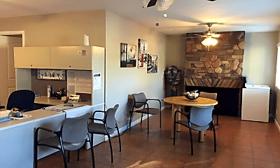 Dining Room, 13708 Cordary Ave, 2