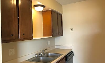 Kitchen, Pear Tree Apartments, 1