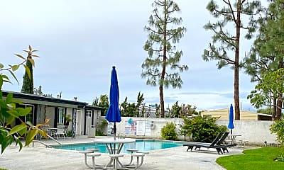 Pool, Quiet Cove, 0