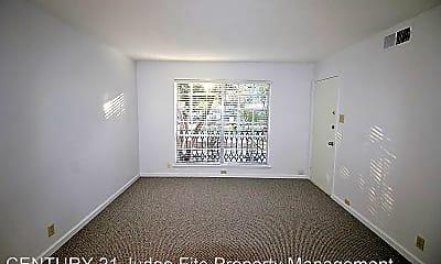 Living Room, 5311 Fleetwood Oaks Ave, 1