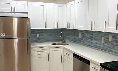 Kitchen, 3119 Oakland Shores Dr C107, 1