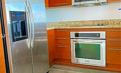 Kitchen, 2641 N Flamingo Rd 2603N, 2