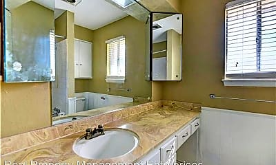 Bathroom, 3525 NW 51st St, 2