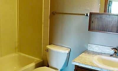Bathroom, 505 4th St SW, 2