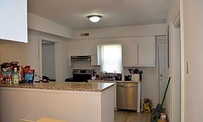Kitchen, 4731 Sanders Ave C, 2