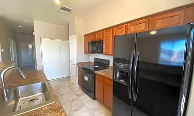 Kitchen, 1260 E Weimer Cir 40, 1