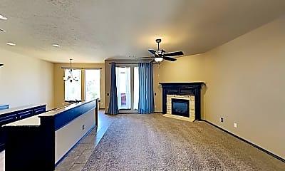 Living Room, 9405 Shallow Lake Ct, 1