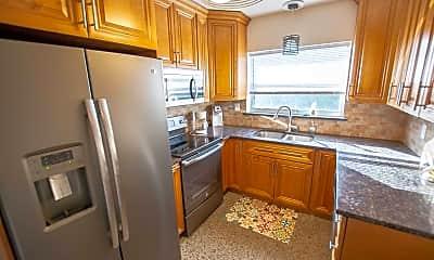 Kitchen, 1165 Cabana Rd 3, 1