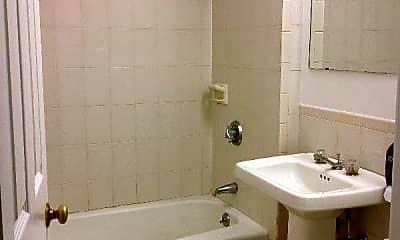 Bathroom, 7 Pembroke St, 2