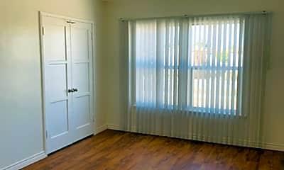 Living Room, 4200 Leimert Blvd, 2