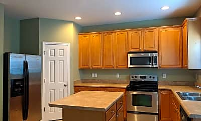 Kitchen, 118 Hidden Springs Dr, 1