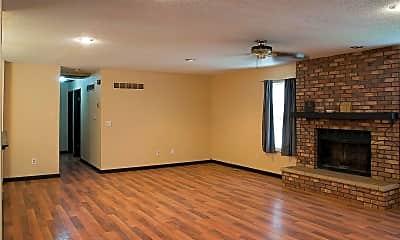 Living Room, 3315 Kingsley Dr, 1