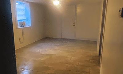 Bathroom, 3416 Milan St, 1