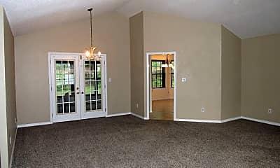 Living Room, 3084 Desert St, 1